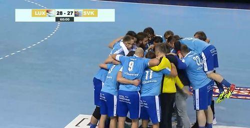 D'Roude Léiwe wanne sensationell géint Slowakei mat 28 - 27 (12 - 11)